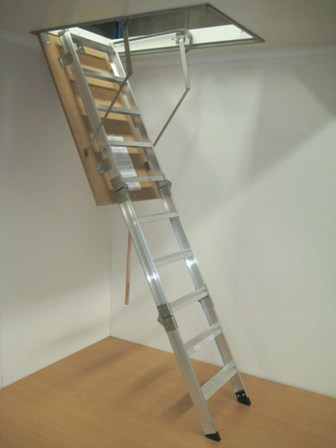Big Boss' Domestic Aluminium Attic ladder (500mm Tread)